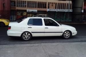 Volkswagen Vento 95 95000 negociable