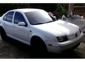 Volkswagen Jetta 1999 4 puertas 2800