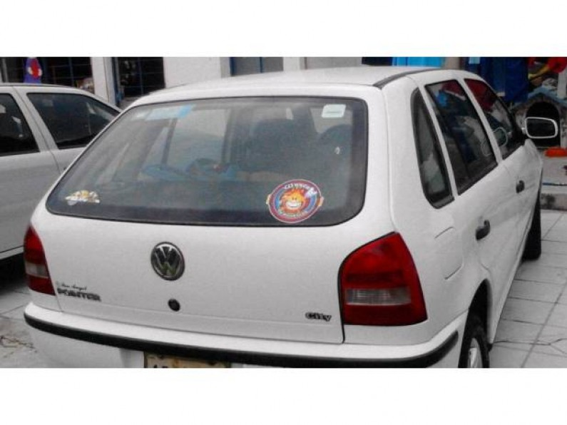 Volkswagen Pointer 2005 Blanco Rines Deportivos