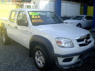 camioneta MAZDA  bt50 blanca diesel mecanica 4wd 745000