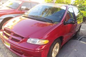 dooge caravan 1998 roja 165000