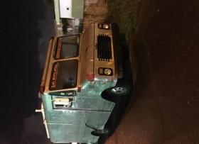 food Truck en StainlessStels stels equipada