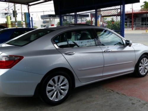 honda accord 2013 V6  recien importado NEGOCIABLE