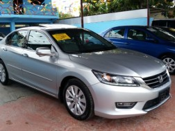 honda accord 2013 V6 FULL PRECIO NEGOCIABLE