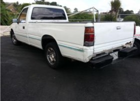 isuzu pick up 92 motor 26lt estandar aire