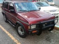 jeepeta nissan pathfinder año 1994 4 puertas