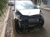 kia picanto 2012 - carros chocados
