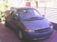 minivan Dodge cavaran año 98