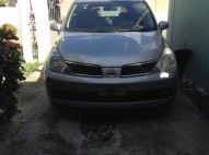 nissan tiida 2005 la version hatchback