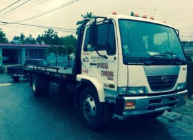nissan ud 2600 flat bed 21 pies 6cyl 40000