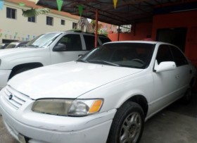 toyota camry blanco 1998 en 189000 mil pesos