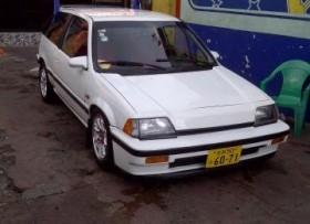 vehiculo Honda civic si 86