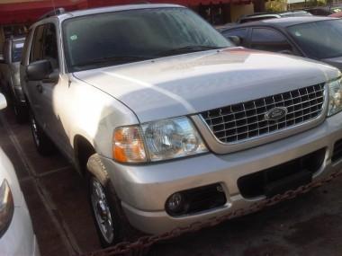 2004 Ford Explorer xlt 4x4