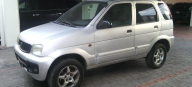 Daihatsu Terios gris 2003 automatica